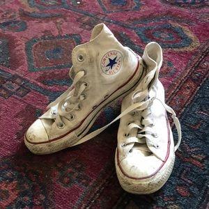 dirty white chuck taylors